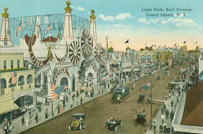 800px-Luna_Park,_Surf_Avenue,_Coney_Island,_NY