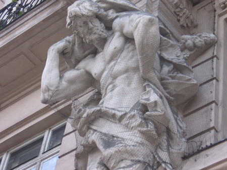 Muscle_statue