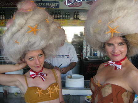 Wigs_clams_front