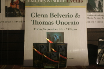 Barnes_and_noble_window