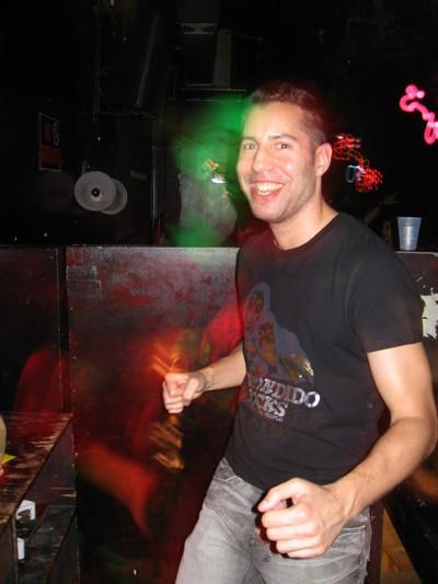 Glenn_dancing